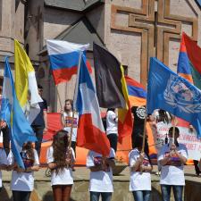 Le Génocide Arménien a été formellement reconnu par beaucoup de parlements, gouvernements, chefs d'Etats, ainsi que par des intellectuels et des organisations académiques et à but non lucratif