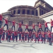 Les danses folkloriques arméniennes traditionnelles comprennent des créations de la Diaspora.